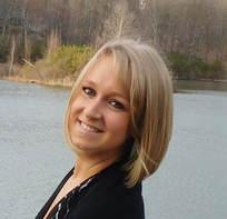 Dr Nicole Klughers